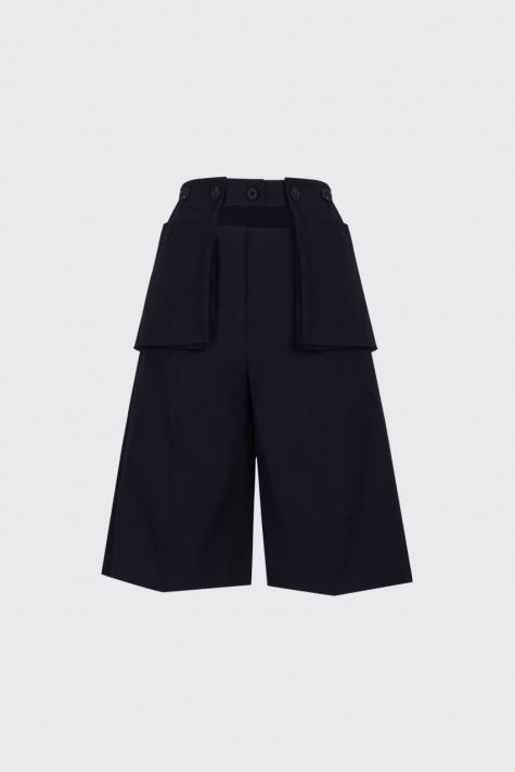 [55% OFF] Navy buttoned waist pouch bermuda shorts